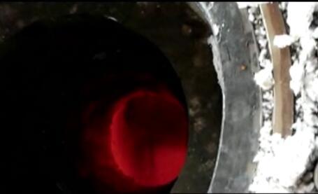 工艺烧嘴盘管漏水对耐火砖的损坏